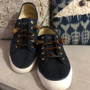 SPERRY navy canvas top sider Size 8